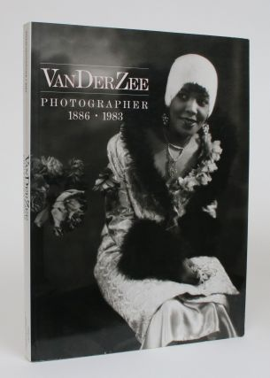 VanDerZee: Photographer 1886-1983. Deborah Willis-Braithwaite, Rodger C. Birt